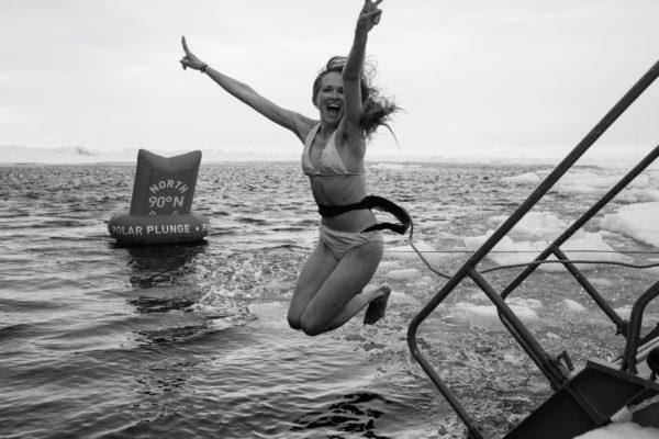 Schwimmen im Nordpolarmeer